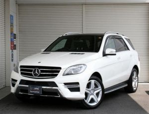 Mercedes-Benz ML350 BlueTech 4MATIC AMG Exclusive Package RHD