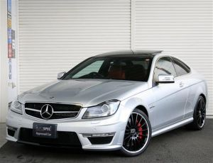 Mercedes-Benz C63 AMG Coupe Performance Package RHD MAT
