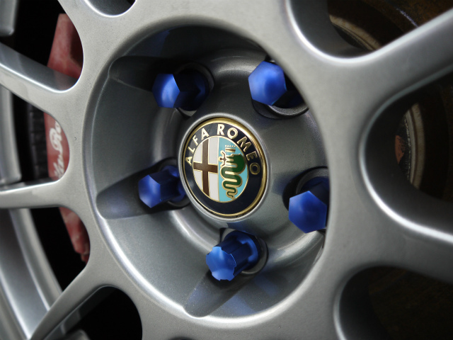"""COLOR Wheel Bolt"" -AlfaRomeo 156GTA-"